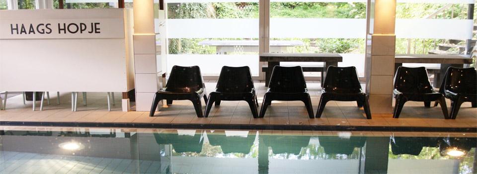 zwembad-stoelen1